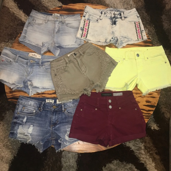 Name brand shorts!! $5 for each or $25 for all!